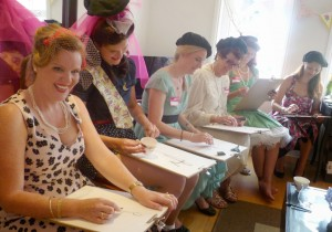 A glamorous 40s themed hen life drawing party!